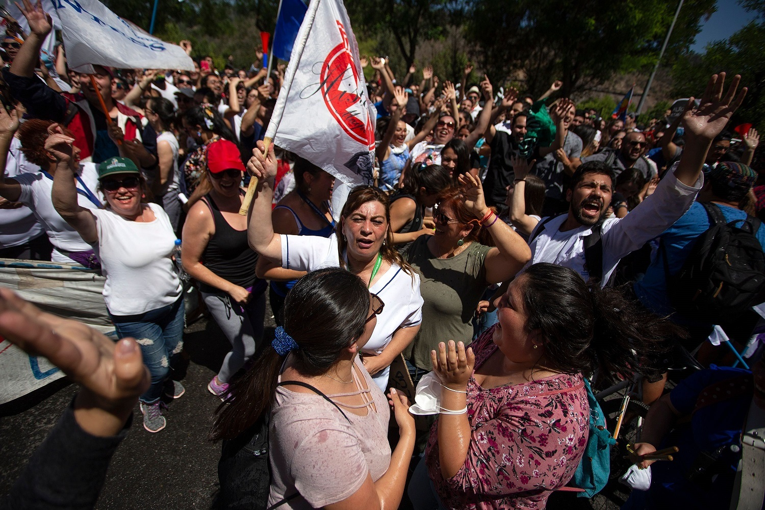 Massive protests in the streets of Santiago